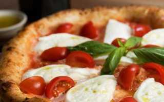 Как делают пиццу в кафе